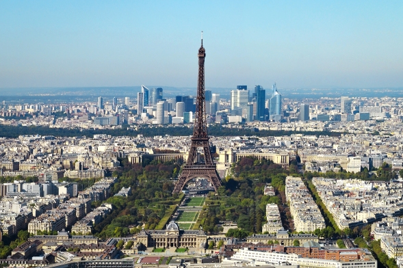 Paris_vue_d'ensemble_tour_Eiffel