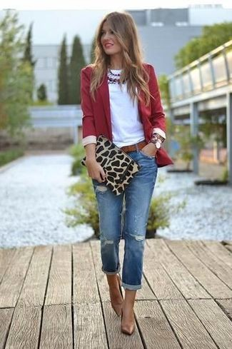 blazer-crew-neck-t-shirt-jeans-pumps-clutch-belt-necklace-large-4949