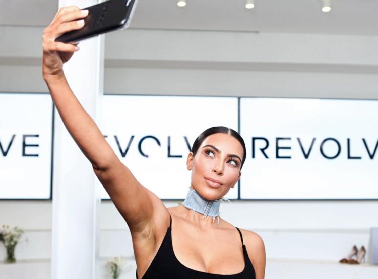 rs_1024x759-160810160246-1024.Kim-Kardashian-Selfie.ms.081016