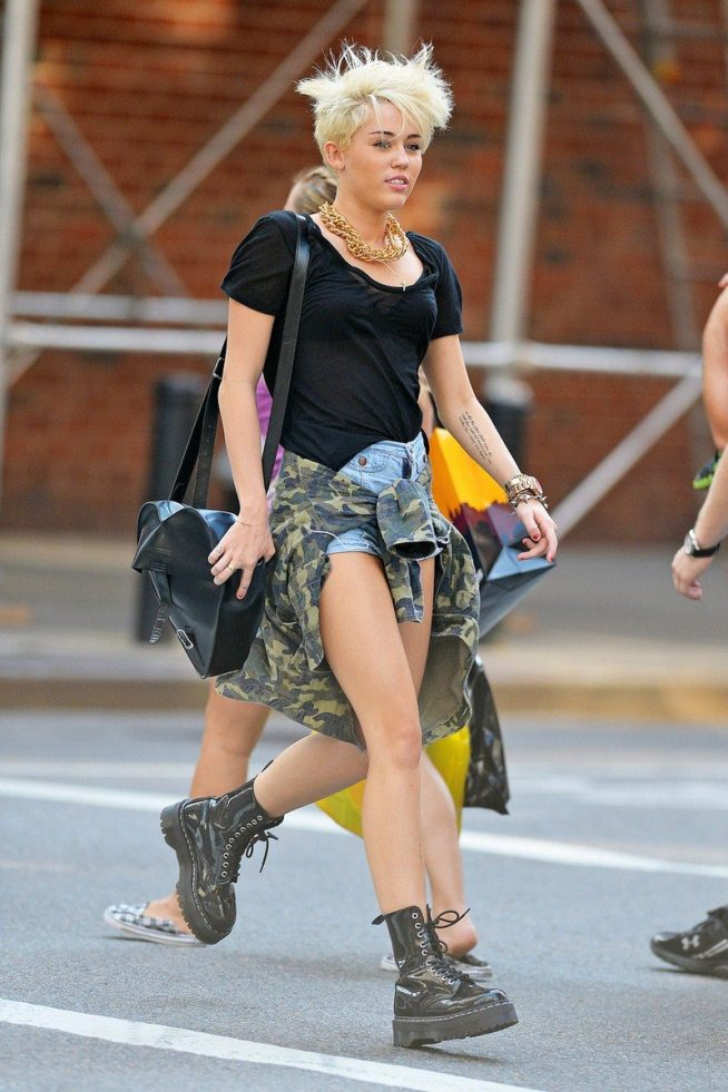 grunge-style-miley-cyrus